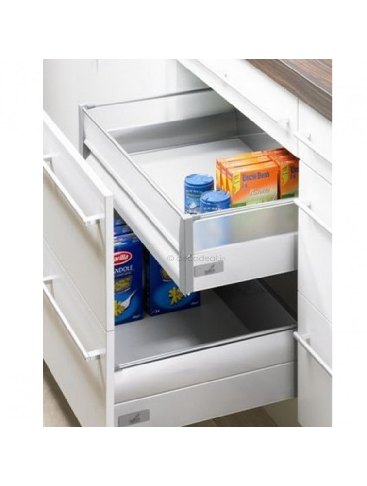 INTERNAL INNOTECH 100 - 470 MM (30 KG) FULL EXTN, SILENT, ALUMINIUN FRONT, DRAWER SYSTEM INNOTECH - INTERNAL DRAWER 70 MM & 144 MM, 30 KG, SILVER FINISH